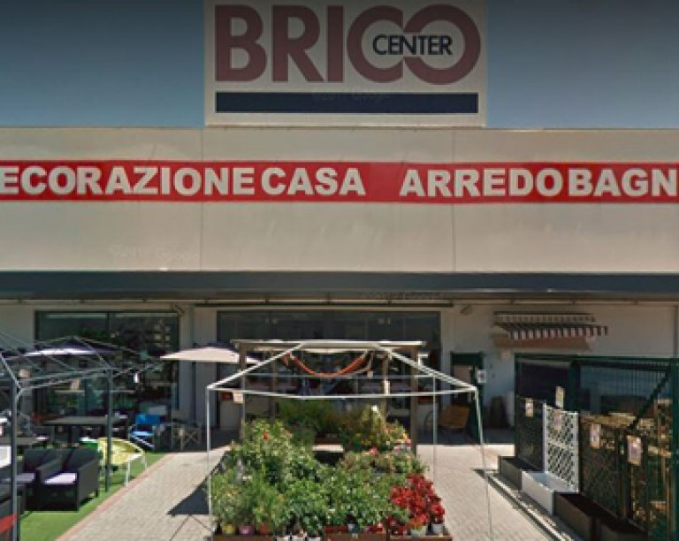 Armadi In Plastica Brico.Negozio Bricocenter A Frosinone Bricocenter